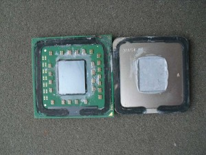 CPU ketté kapva