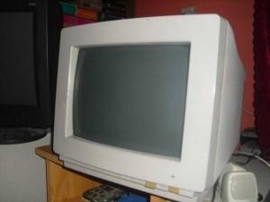 1988-as gyártmányú EGA monitor