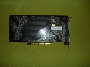 Geforce FX 5700Ultra hátulja