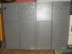 IBM PC-704 4CPU-s szerverek