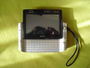 Sony Vaio VGN-UX17GP széttolva