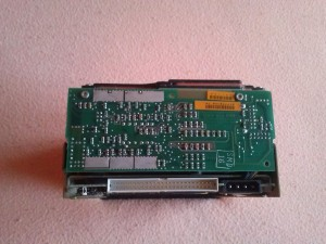 Seagate ST 4702N SCSI HDD csatijai